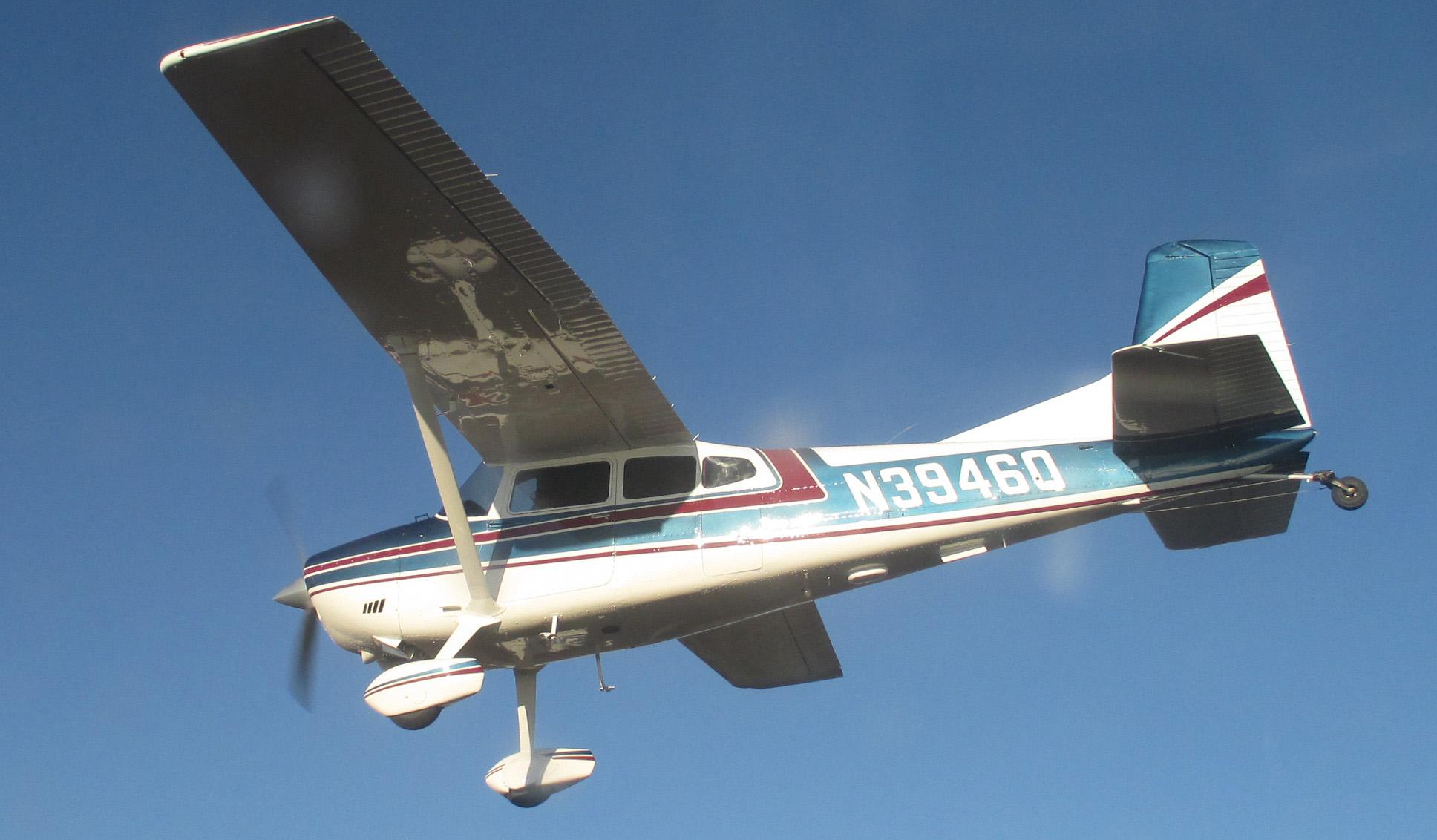 Cessna 185 (N3946Q)